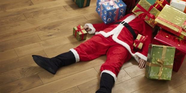 Santa_Pile_Of_Presents-1024x512.jpg